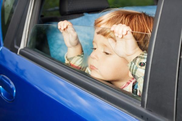 child-in-car